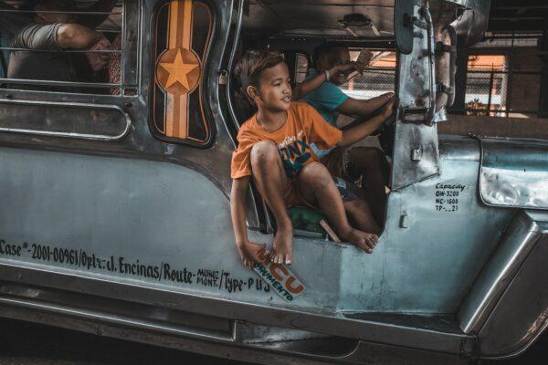 Jeepney in Manila photo by Bash Carlos via Unsplash