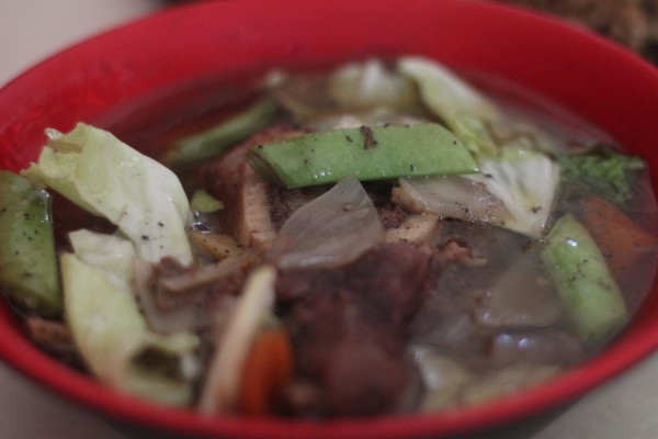 Calle Zaragoza or Calle Z in Tacloban is known for many sumptuous dishes but their bestseller is their bulalo. The soup is packed with flavour, the meat is soft and tender and the bone marrow is divine. When in Tacloban, make sure to swing by Calle Z and be blown away by their awesome bulalo.