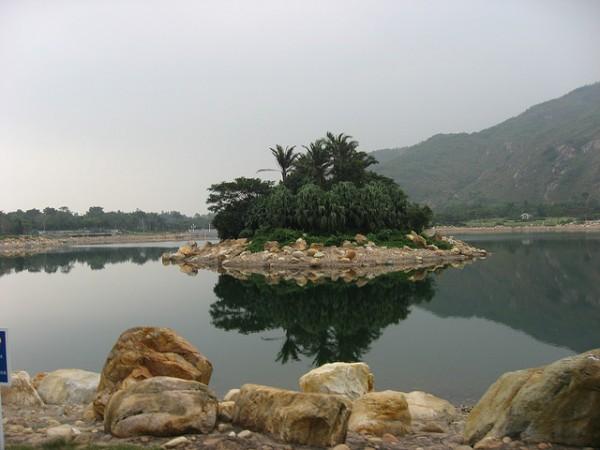 Inspiration Lake by Ricky Chan via Flickr
