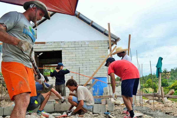 Volunteering with Projects Abroad on the General Building Project in the Philippines is a way for you to help others by renovating and building houses and schools in disadvantaged communities