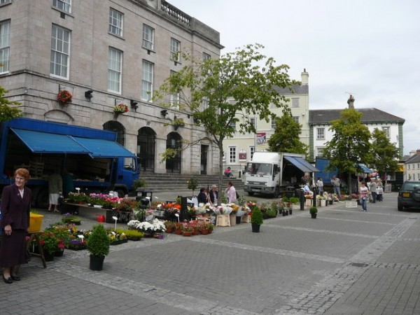 Open-air market on Market Street
