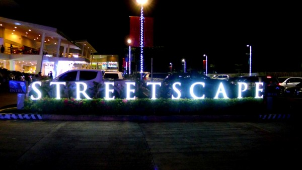Streetscape Lifestyle Mall in Banilad