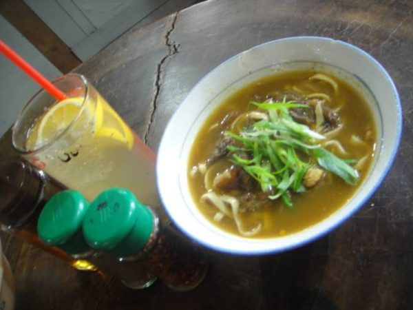 A warm noodle soup and lemonade for the rainy day
