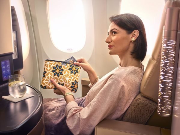 Etihad Airways Amentiy Kits