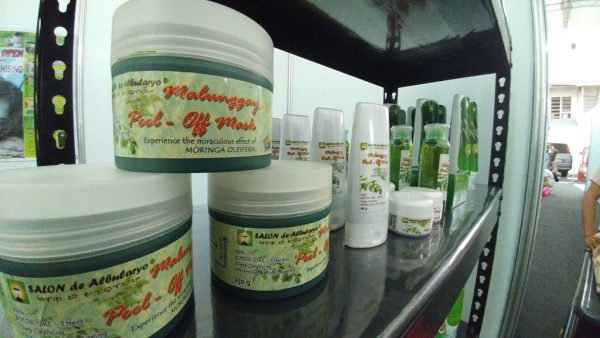 Complete your Christmas shopping - Various malunggay-based products sold by Cabanatuan-based Salon de Arbularyo