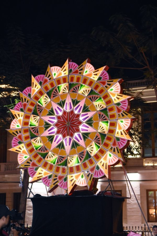 Take a Selfie with the Giant Parol