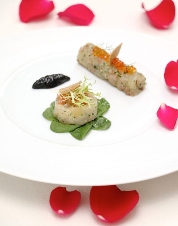 The Seabass and Scallop Tartare consists of citrus cured European sea bass and smoked Hokkaido scallop