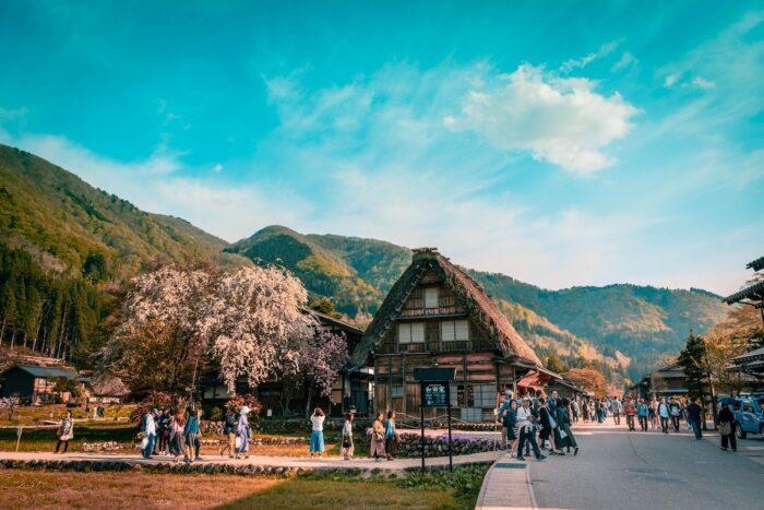 Shirakawa-go photo by @pixalacarte via Unsplash