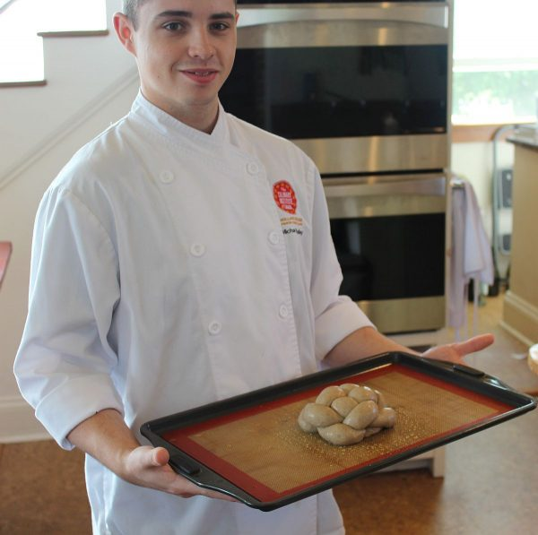 Chef Mike Bradley's knot bread