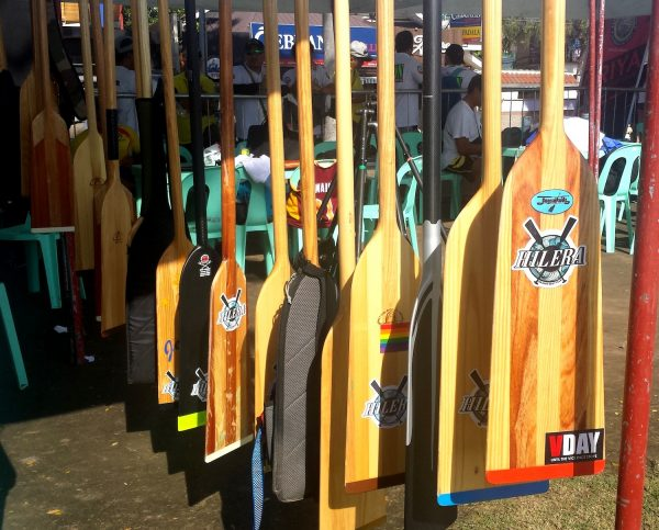 Battle of paddles in Dumaguete City