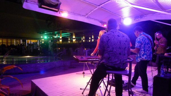 Live band at Marco Polo's El Viento