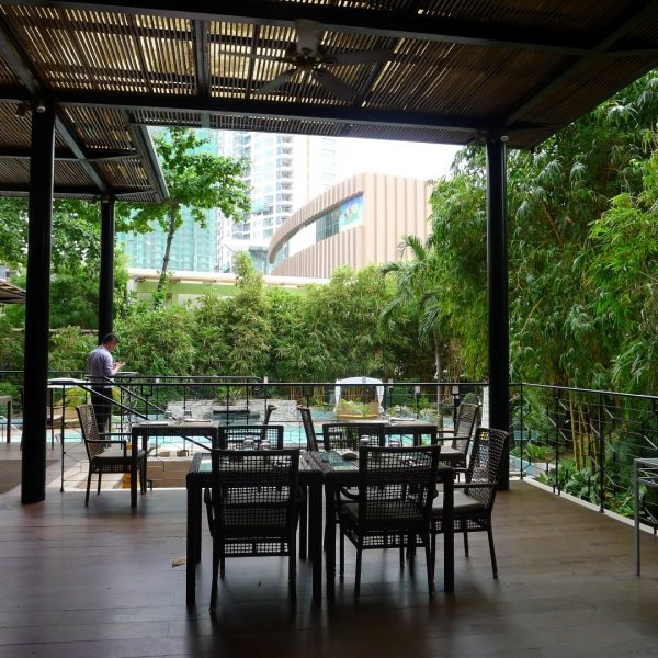 Poolside Lunch at Cebu Marriott 7 Romantic Restaurants in Cebu City