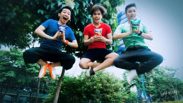 """Chippy Kada-Bucket List Challenge first monthly winner """"Chippers,"""" composed of (from L-R) Chris Castillo, Gilbert Viel Esparas and Billy Jao, strike their best """"kada-jump"""" shot pose, and won themselves tickets to Sandbox."""