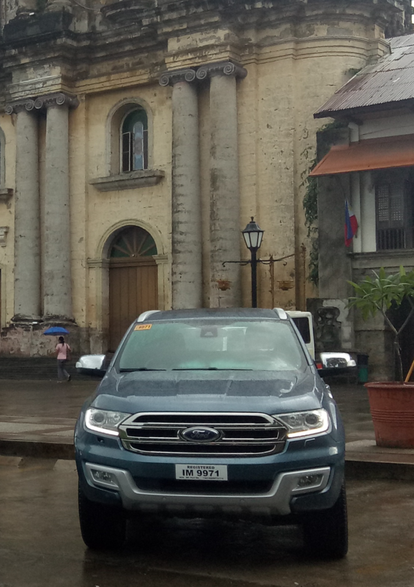 Our Ford Everest infront of Taal Basilica