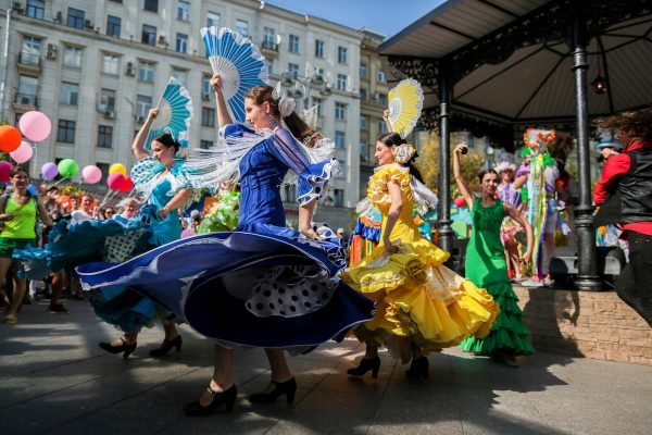 Street Performers in Moscow