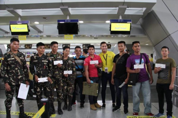 Cebu Pacific Gives Free Fights to Wounded in Action Soldiers photo via Philippine Army Facebook