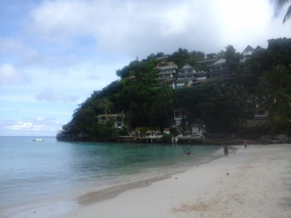 Diniwid Beach