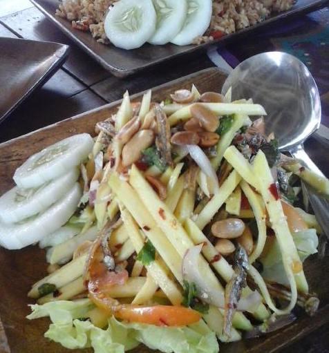 Mango Dilis Salad