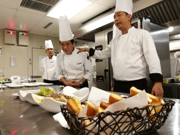 Chefs table dinner experience