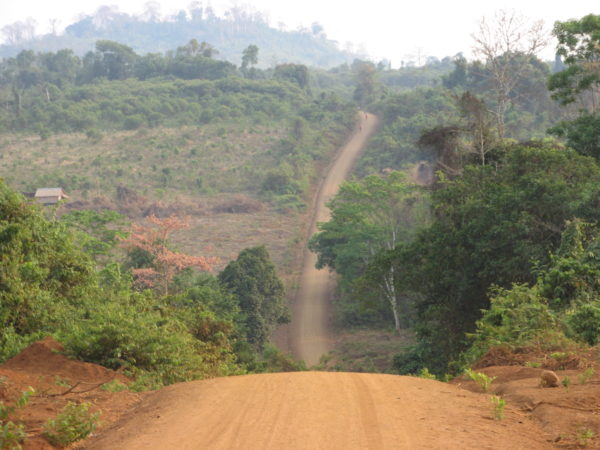 A road in rural Ratanakiri