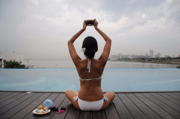 Discover the beauty of a complete luxurious spa and lifestyle club by the bay.