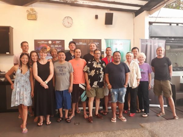 Foreign and local media posed with the judges at the 5th Anilao Underwater Shootout