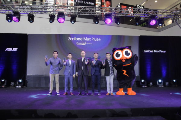 ASUS Executives Pose with Zenny as they present the ZenFone Max Plus - The Battery King Smartphone