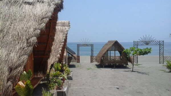 - Beautiful Beaches in La Union Province -Del Moral Beach Cottages at Panicsican Beach
