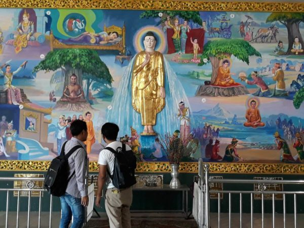 An art inside Chauk Htat Gyi Pagoda telling the story and teachings of Buddha