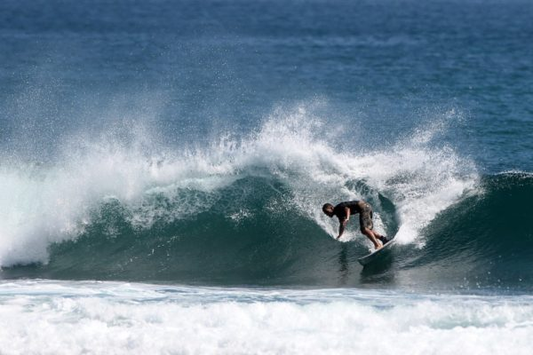 Guide to Siargao Surfing