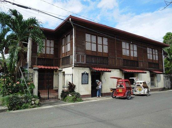 Manuel Roxas Shrine photo via Tripadvisor