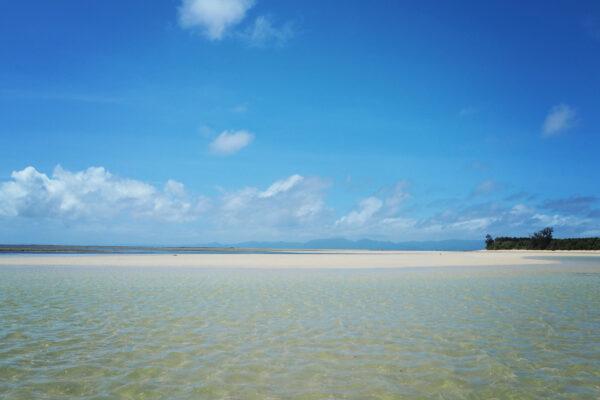 Cagbalete Sandbar photo by Max Reyes via Flickr CC