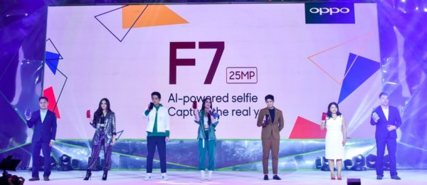 The OPPO family unveils its newest flagship smartphone, the F7. (L-R): OPPO Philippines' Public Relations Manager Eason de Guzman, actress and singer Janella Salvador, popular love team JoshLia, actor and program host Robi Domingo, OPPO Philippines' Brand Marketing Director Jane Wan, and OPPO Philippines' Key Accounts Manager Mark Del Mundo.