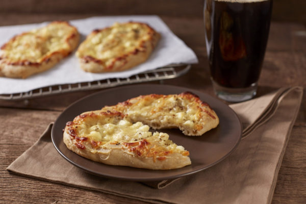 Four Cheese Flat Bread Lunchtime Favorites