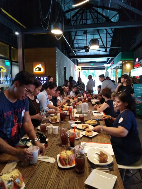 Media Guests were treated to all the Eat-all-You-Can-Wednesdays offerings at Burgos Eats in Bonifacio Global City