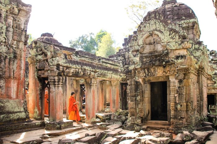 Ancient Temple in Siem Reap by @gbrochetto via Unsplash