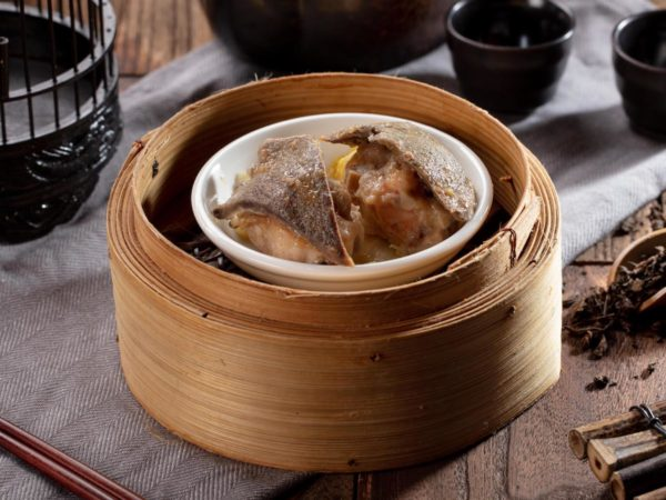 Steamed Siu Mai Pork Dumplings with Pork Liver (2 pcs) (HK$59), of which pig liver happens to be one of Bruce Lee's favourite foods