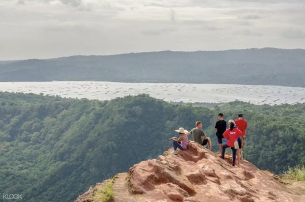 Taal Volcano Hiking Tour photo via KLOOK
