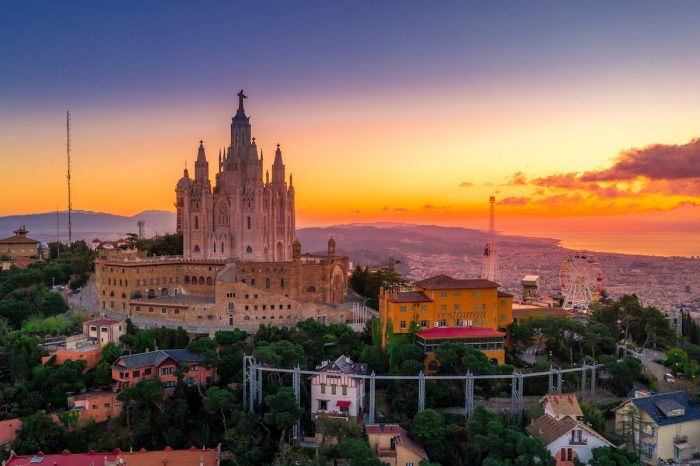 Best Things To Do In Barcelona photo by Ken Cheung via Unsplash