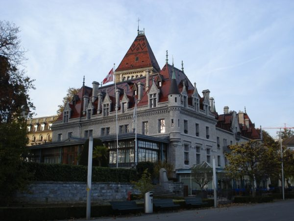 Castle of Ouchy - Lausanne Travel Guide