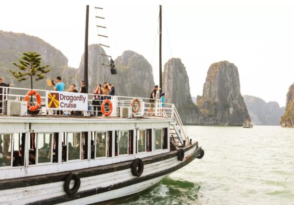 Halong Bay Day Tour photo via Klook