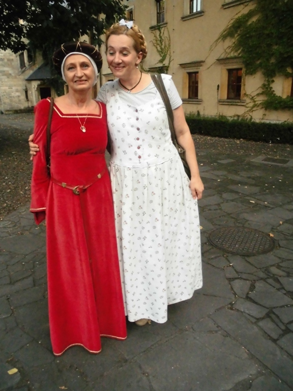 Hostesses in Klizckow castle