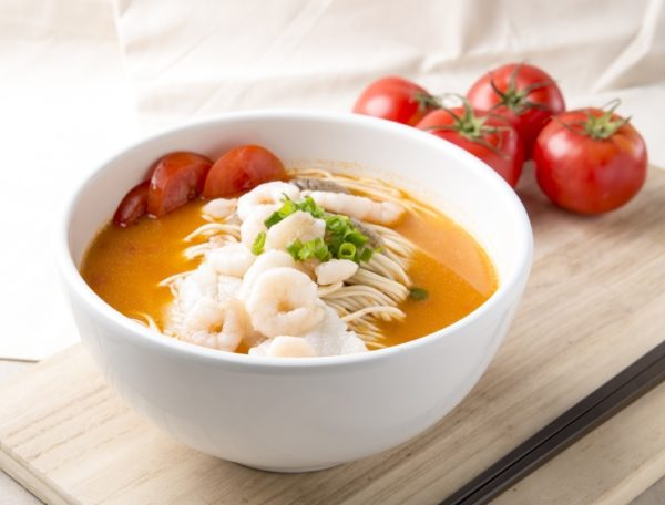 La Mian with Seafood and Tomato in Superior Fish Soup