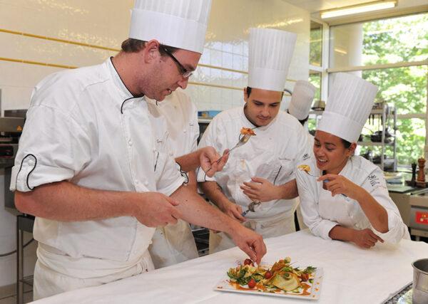 Restaurant Management - Dusit Hospitality Management College