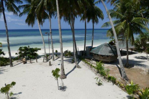 Tropicasa Siquijor Resort