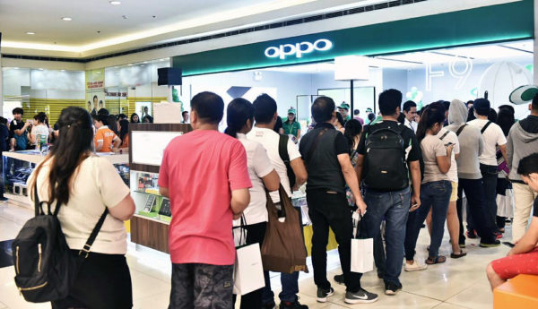 Customers claiming their own OPPO F9