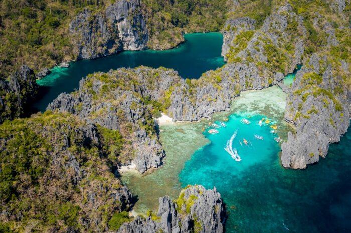 El Nido Travel Guide to Big Lagoon by Jules Bss via Unsplash