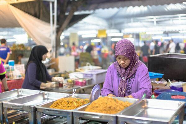 Gadong Night Market by IQRemix via Flickr CC