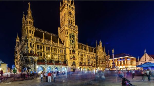 Munich by Night Tour photos via KLOOK