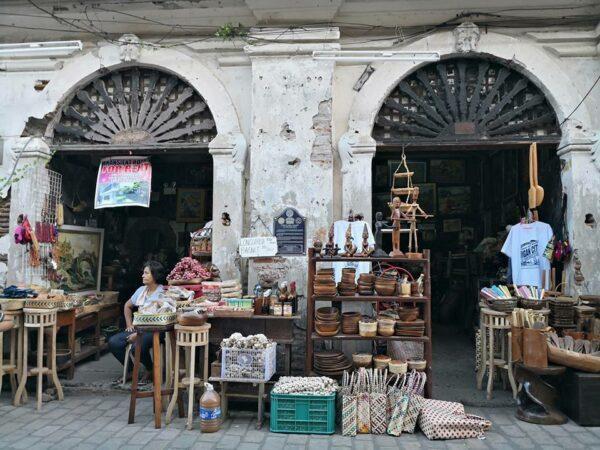 Antique and Souvenir Shops in Vigan